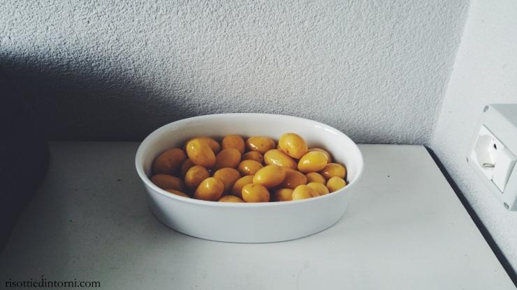 risotti e dintorni - patatine novelle profumate di rosmarino al forno