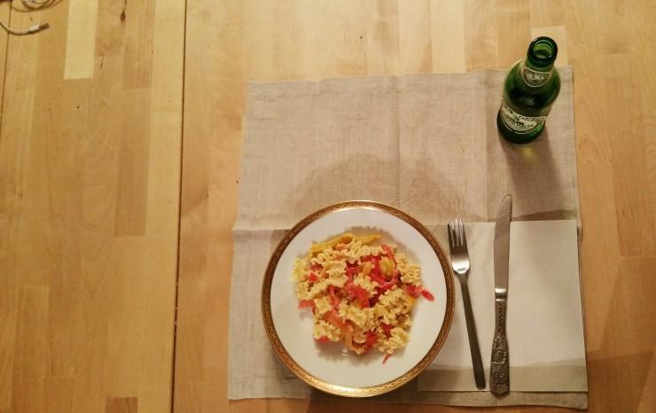 ricetta, ricette, pasta, panna, peperoni, pasta con panna e peperoni, mafalde corte, peperonata, paura, parigi